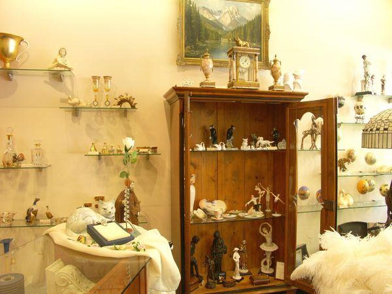 ambiente und antik stadtplatz geisenfeld antiquit ten willkommen. Black Bedroom Furniture Sets. Home Design Ideas