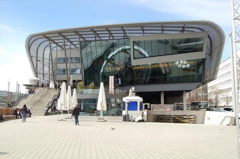Arnulfstr 2 München