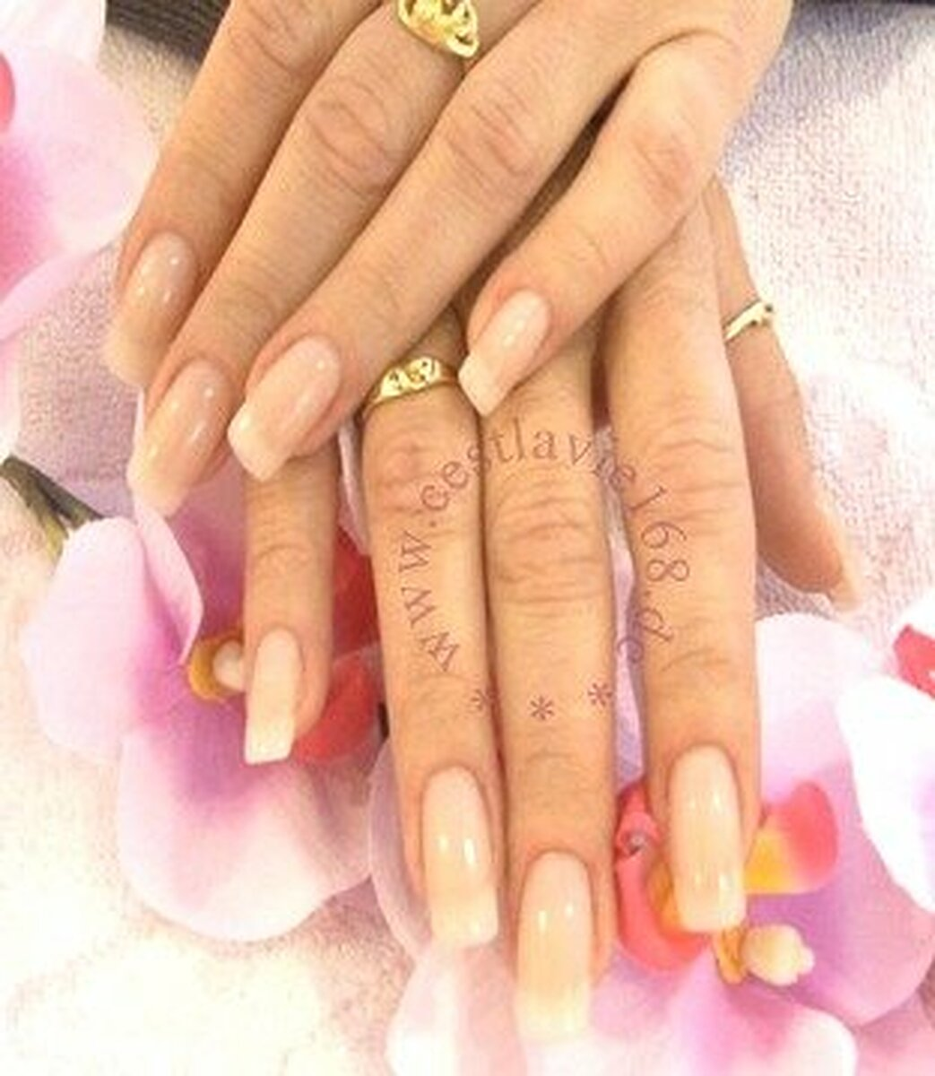 C 39 est la vie nails beauty salon leopoldstr schwabing for 24 hour nail salon in atlanta ga