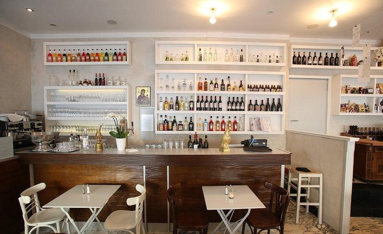 restaurant einzimmer k che bar wie hoch sollte die arbeitsplatte in der k che sein kleine. Black Bedroom Furniture Sets. Home Design Ideas