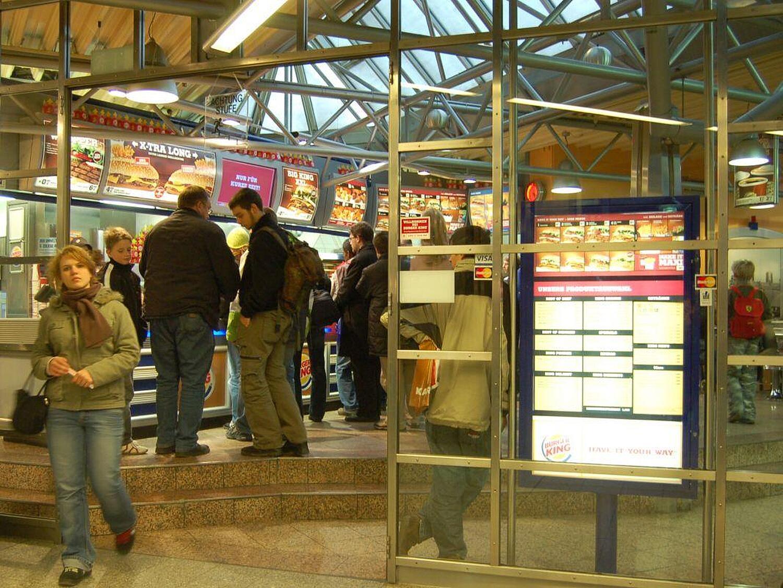 burger king bahnhofplatz ludwigsvorstadt m nchen burger king hauptbahnhof mit ffnungszeiten. Black Bedroom Furniture Sets. Home Design Ideas