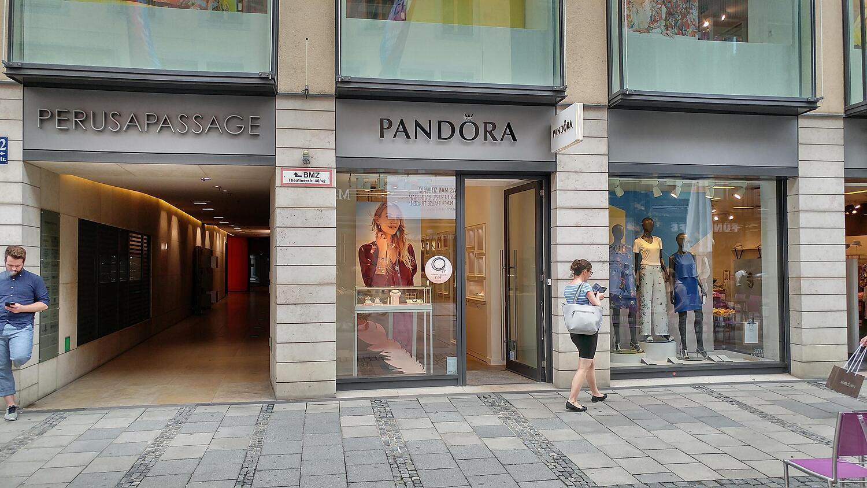 PANDORA, Theatinerstr. 42, Residenzpassage , Altstadt, 80333 ...