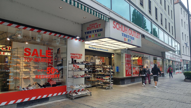 check out 5dc90 dc612 BARTU Outlet Store Schuhe, Bayerstr., / Schützenstr ...