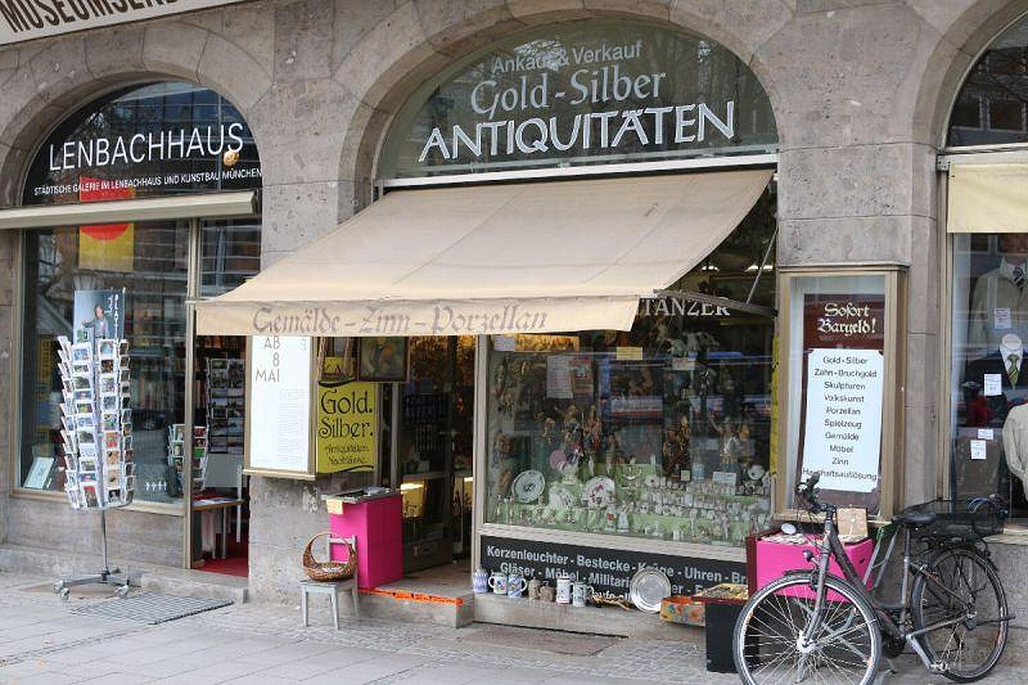 Holzschnitzereien kraus manfred rindermarkt ruffinihaus altstadt m nchen holzschnitzereien - Keuken header venster ...