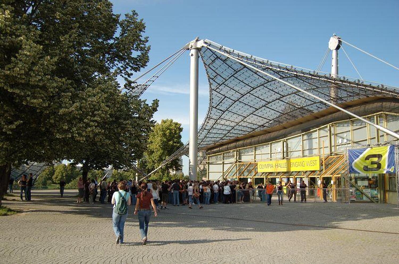 Olympiahalle München, Coubertinplatz Milbertshofen, München ...