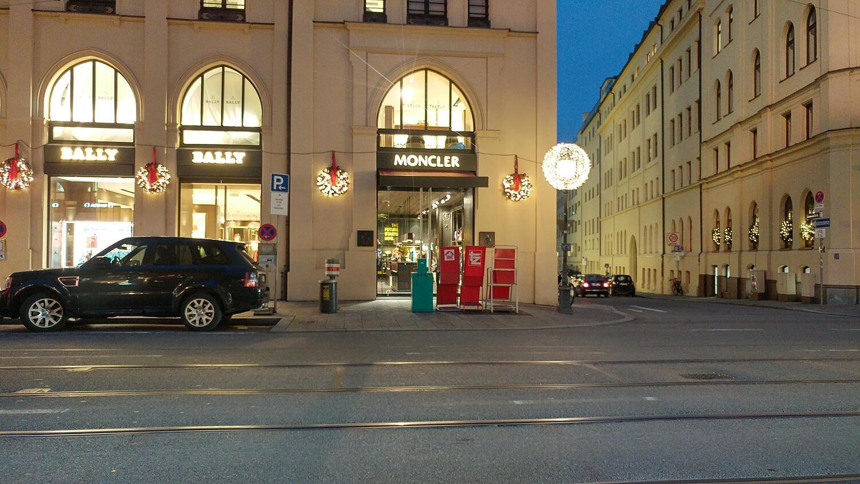 Geschäfte für MONCLER in Düsseldorf   TheLabelFinder