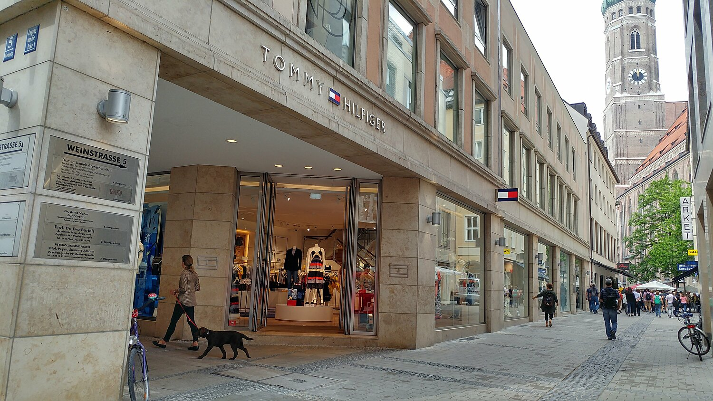 Geschäfte für TOMMY HILFIGER in Miesbach und Umgebung