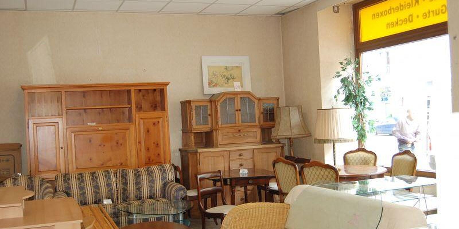 b m gebrauchtm bel rosenheimer str haidhausen m nchen b m gebrauchtmoebel willkommen. Black Bedroom Furniture Sets. Home Design Ideas
