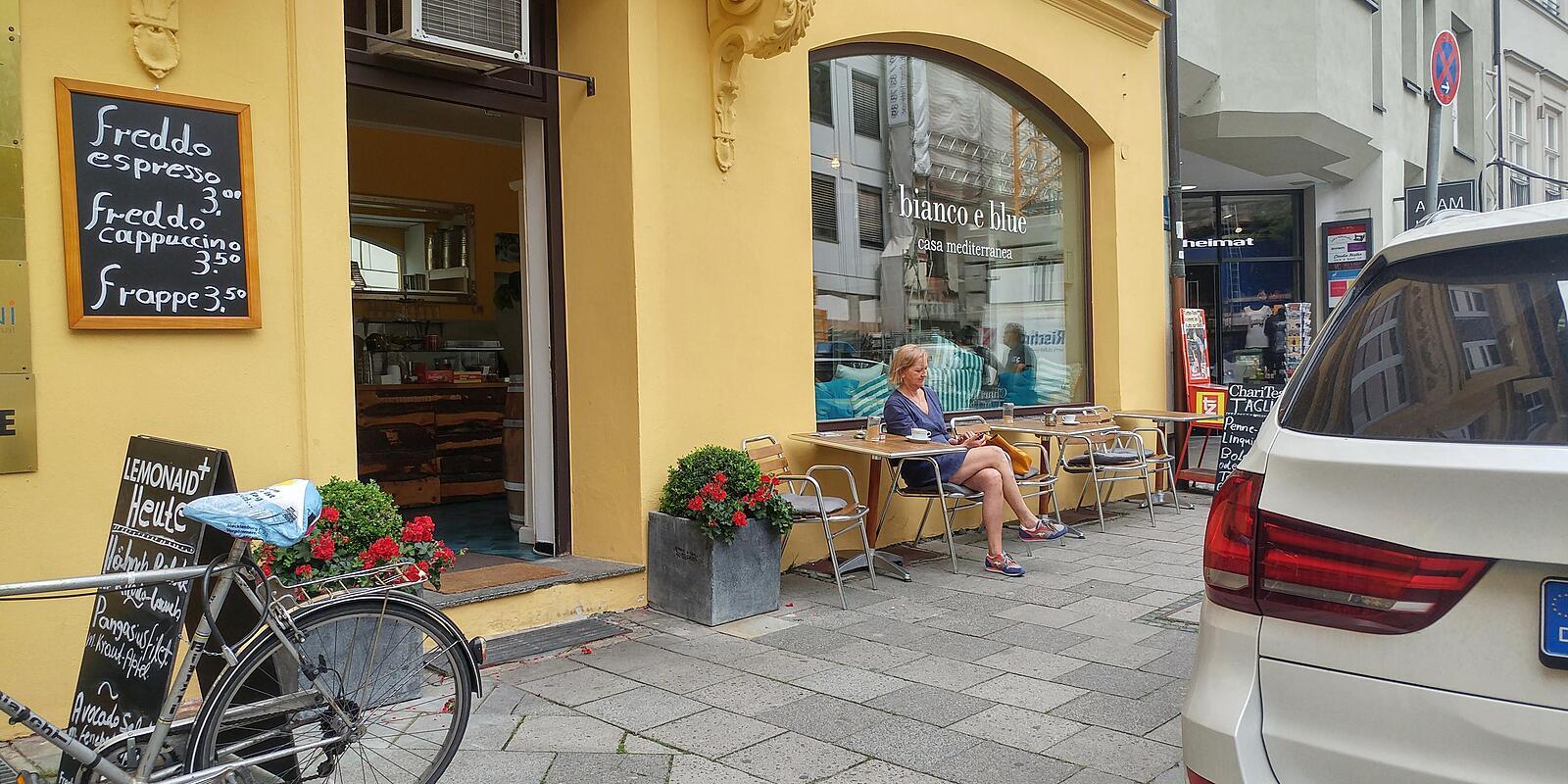 bianco e blue, Brunnstr. Altstadt, München - Café Willkommen