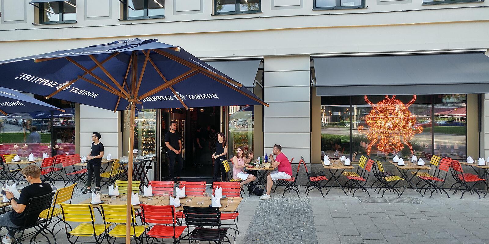 enter the dragon lenbachplatz altstadt m nchen enter the dragon willkommen. Black Bedroom Furniture Sets. Home Design Ideas
