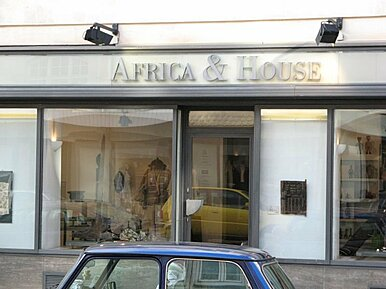 AFRICA &  HOUSE