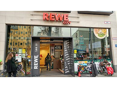 REWE Supermarkt City