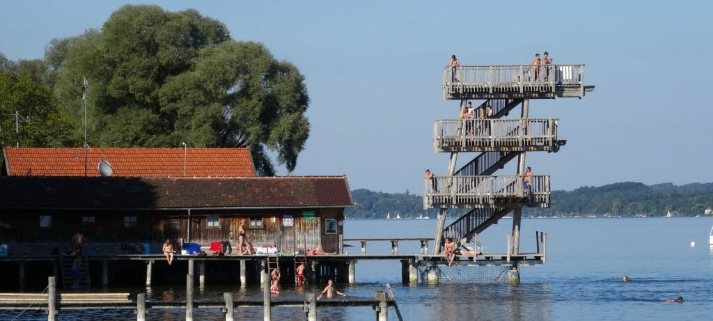 Sprungturm in Utting am Badesee Ammersee