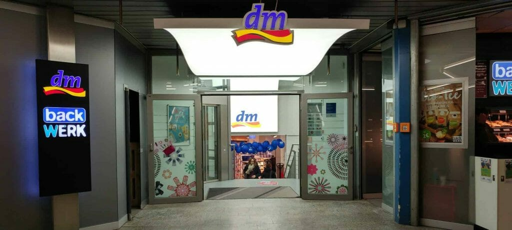 dm am Ostbahnhof